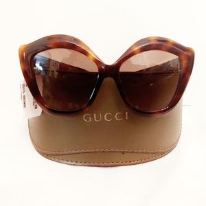 Gucci GG0117S Oversized Cat Sunnies-New with Tags